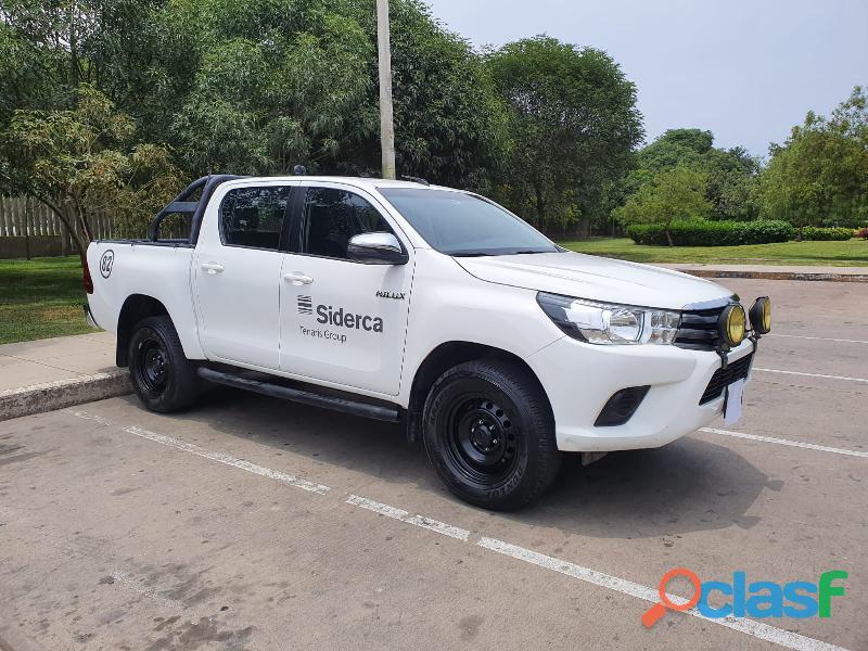 Toyota hilux dx 2017