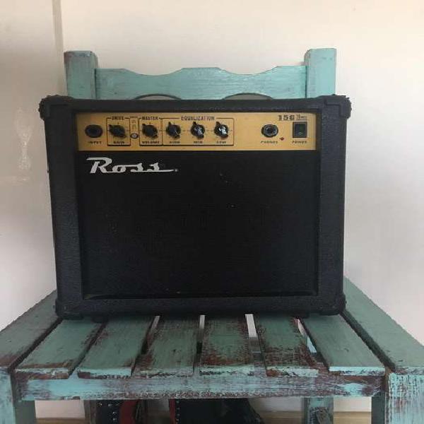 Amplificador guitarra 15 watts marca ross