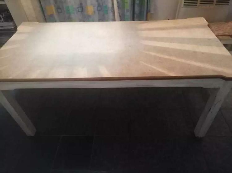 Mesa de madera y 6 sillas pino
