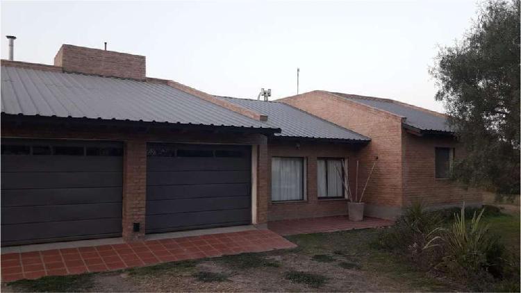 Se vende casa en campos del virrey 100 - u$d 298.000 - casa
