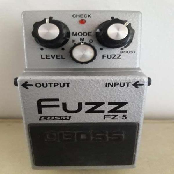 Vendo pedal de efecto boss fz5 fuzz para guitarra y bajo