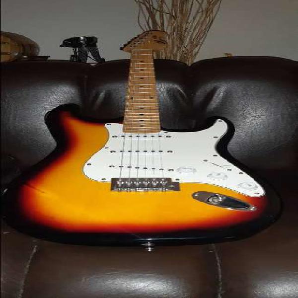 Guitarra eléctrica stratocaster skp