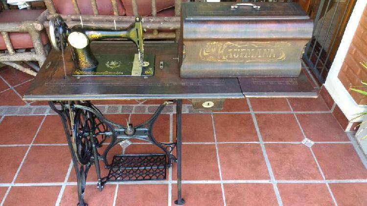 Maquina coser antigua kaufmann año1913 funcionando