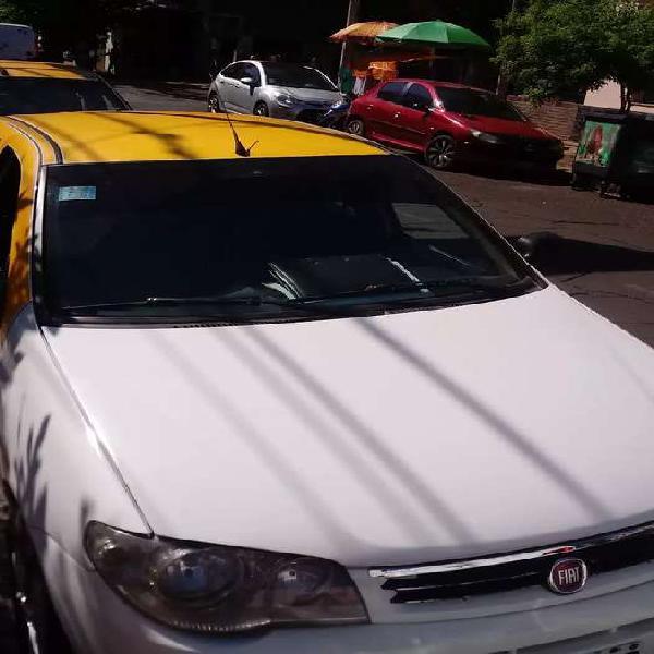 Servicio de taxi o transporte de cosas