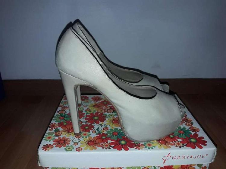 Zapatos de taco stilettos mary joe nro 38
