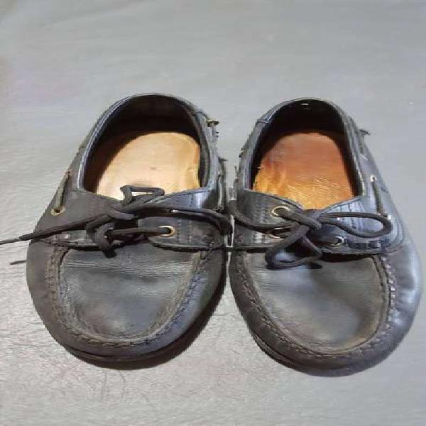 Zapato mocasin escolar