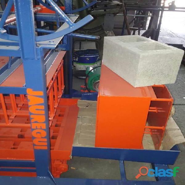 Maquinas Bloqueras, para bloques de arena y cemento. 2