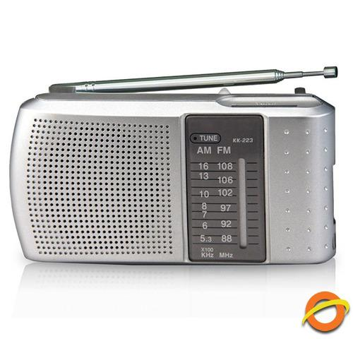 Radio portatil am fm analogica daza parlante auriculares