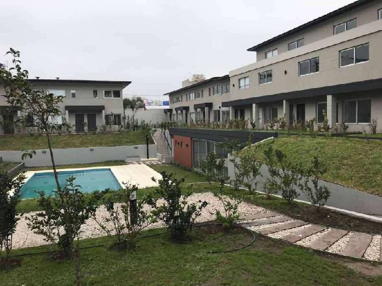 Duplex en venta en moron norte