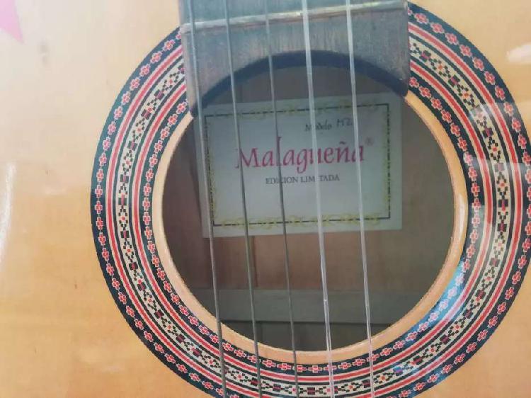 Guitarra criolla marca malagueña modelo m2