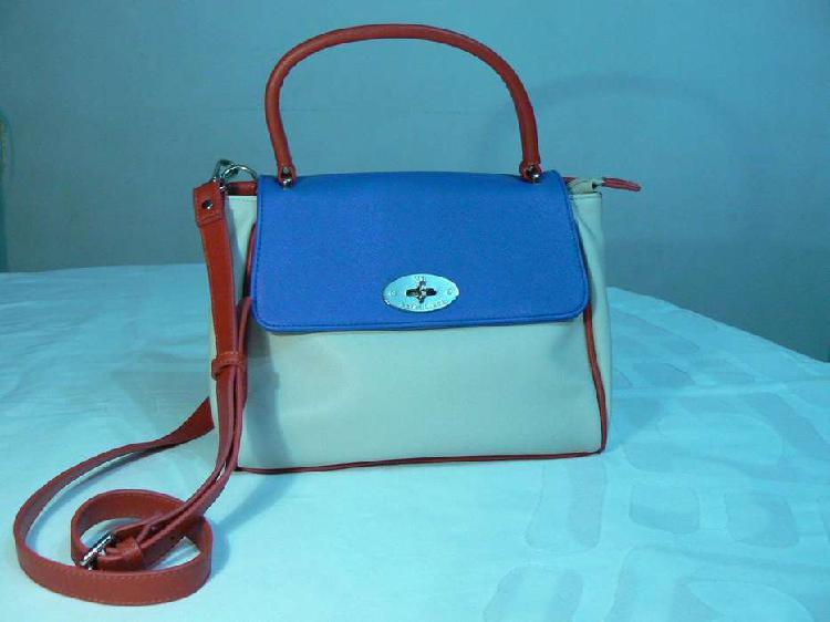 Hermosa cartera bandolera xl natural, azul y roja símil