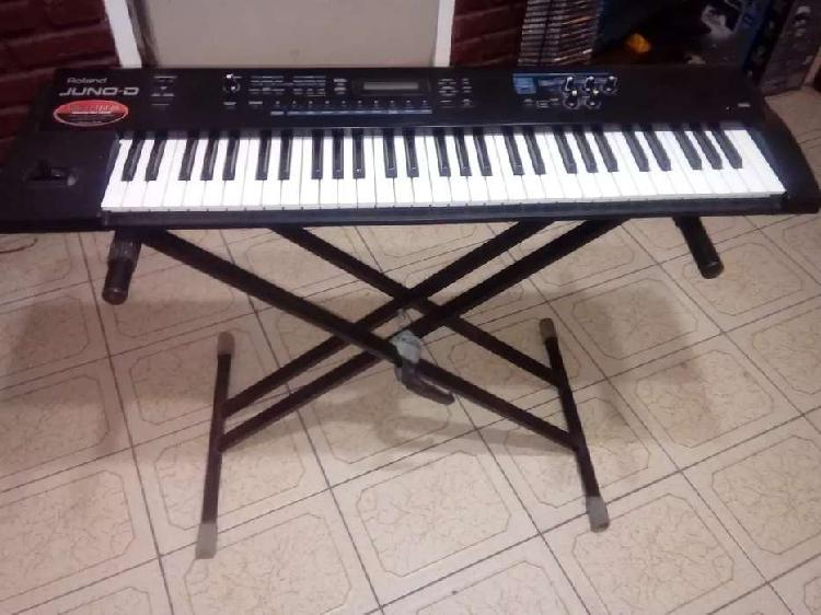 Teclado sintetizador roland juno-d