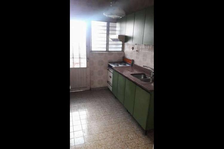Casa en alquiler haedo / moron (a125 805)