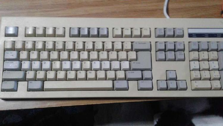 Vendo 2 teclado antiguo modelo 5139