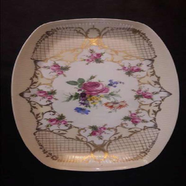Antigua bandeja porcelana pintada a mano marca parís #2825