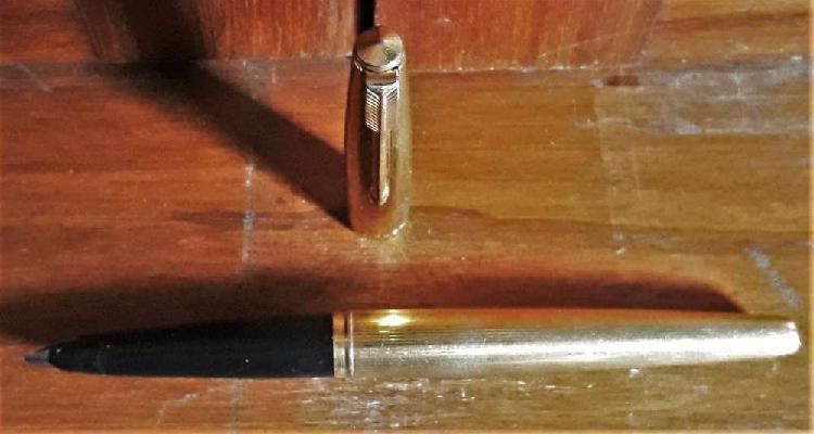 Antigua lapicera parker oro modelo 45 impecable