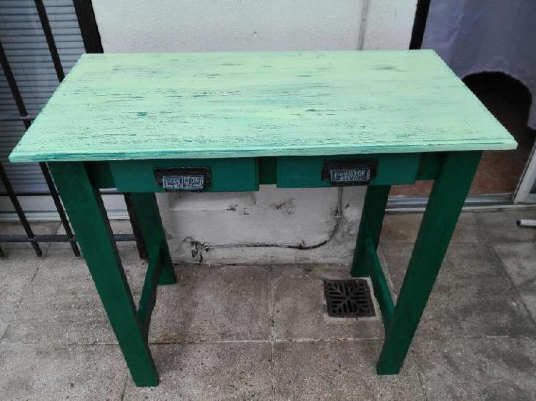 Mesa de arrime o escritorio