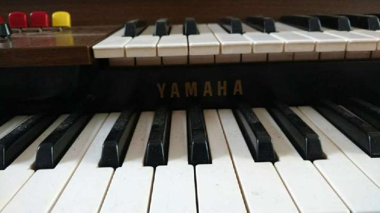 Vendo piano organo yamaha