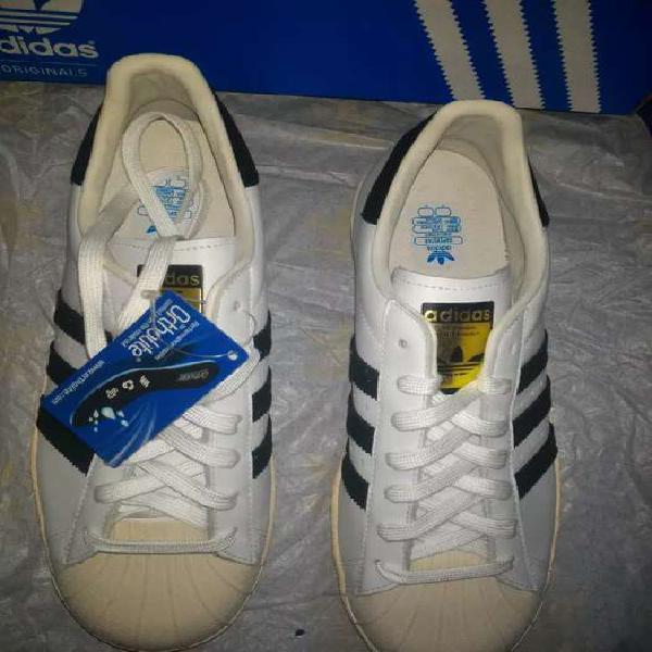 Zapatillas adidas original y nuevas