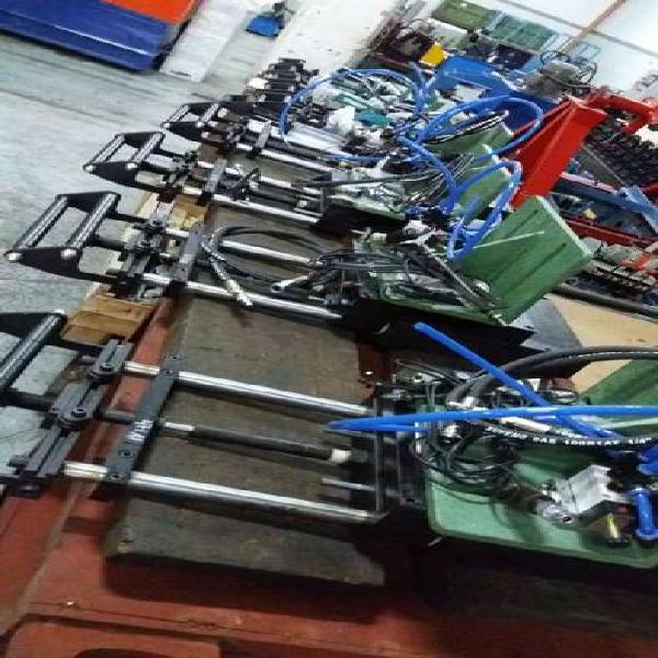 Alimentadores neumaticos para prensas y balancines varias