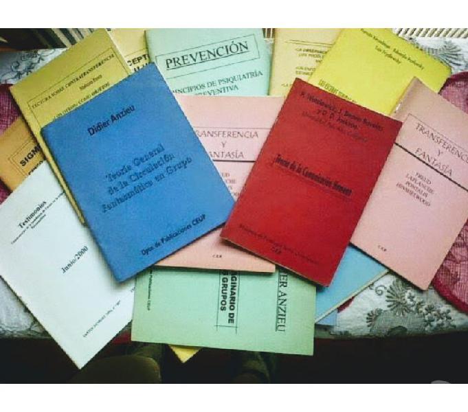Lote 16 facículos para estudio de la carrera de psicología