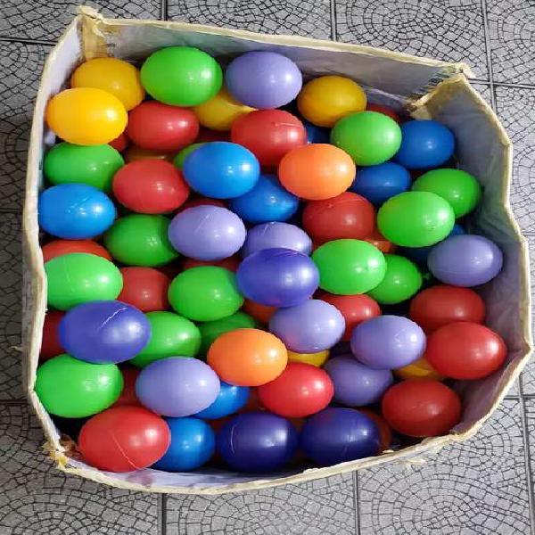 Lote 250 pelotas de plástico para pelotero /pileta.