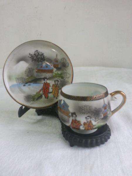 Taza y plato porcelana china geisha
