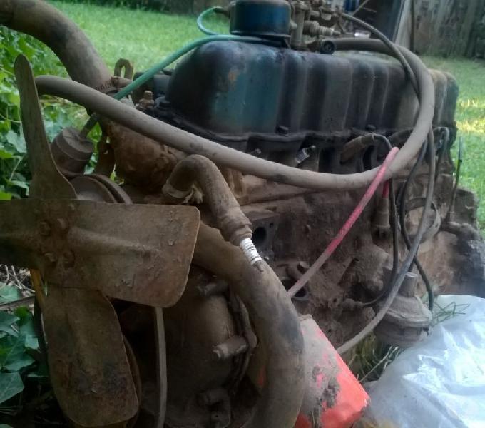 Vendo motor de Ford Falcon 221