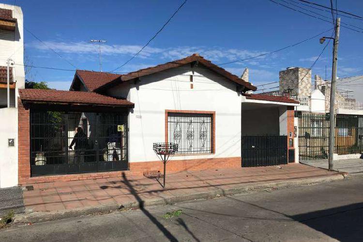 Casa en venta ramos mejia / la matanza (a001 3541)
