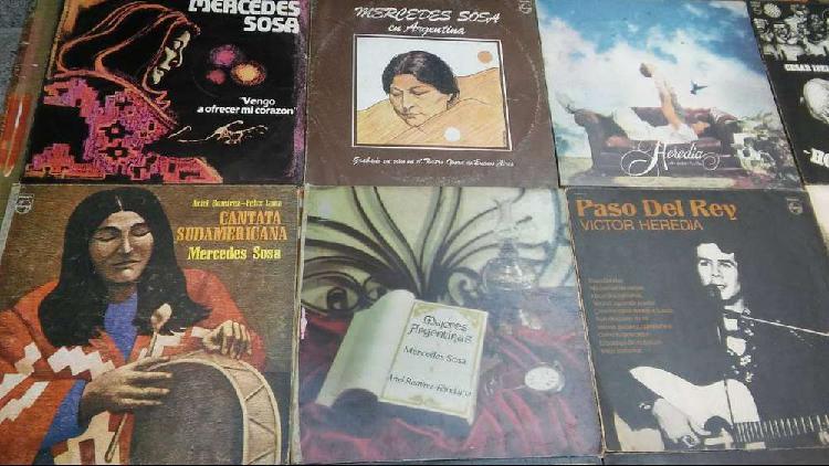 Lote de 55 discos vinilos ( folklore, zarzuela y más.. )