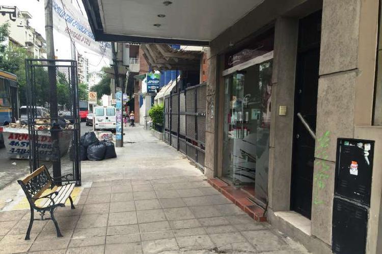 Oficina en alquiler ramos mejia / la matanza (a004 3016)