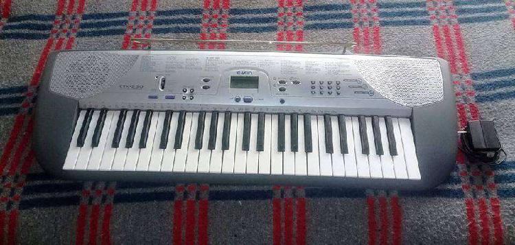 Vendo teclado casio ctk-230