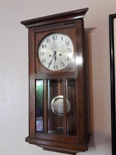 Antiguo reloj a péndulo con soneria, (funciona perfecto)