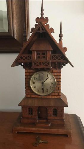 Reloj alemán antiguo selva negra único