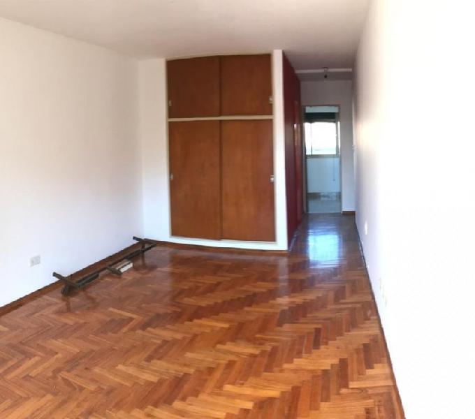 Callao 1100, monoambiente frente, balcón 4815308