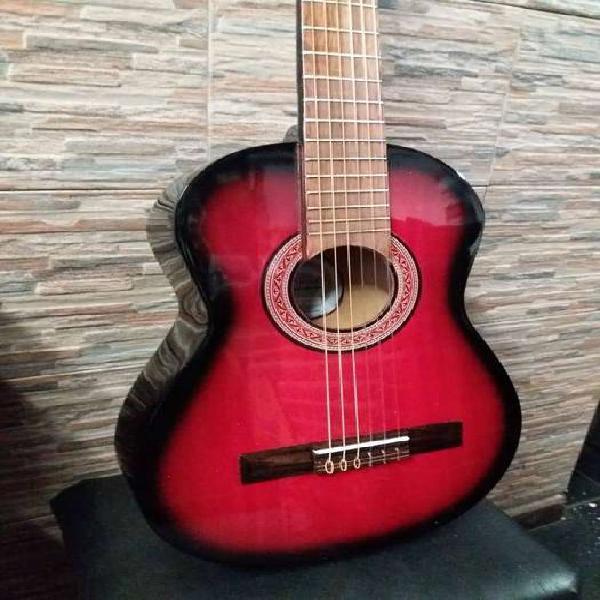 Guitarras de niño con su funda !!