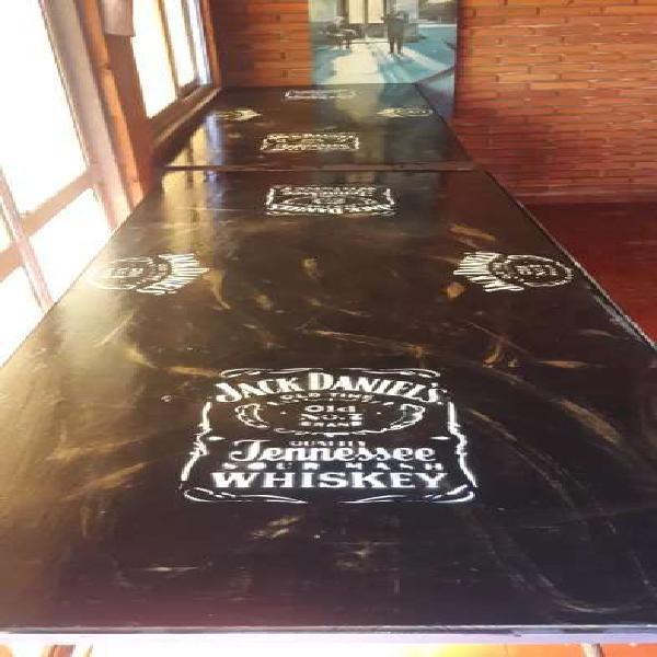 Mesas altas de jack daniels vintage
