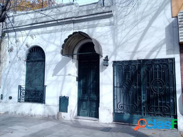 Casa 4 amb. c/garage, ptio y terraza