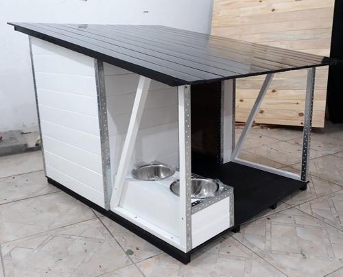 Casa para perros med con galería. con bebederos