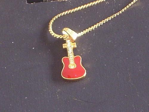 Antigua cadena colgante con dije guitarra electrica cºrs99