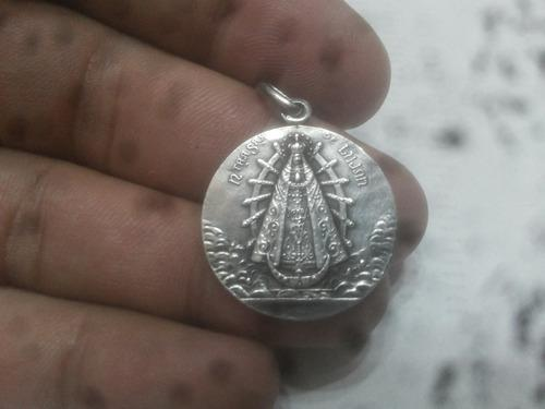 Antigua medalla nuestra señora de lujan de plata