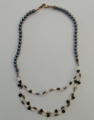 Collar gargantilla perla de río y hematites antiguo