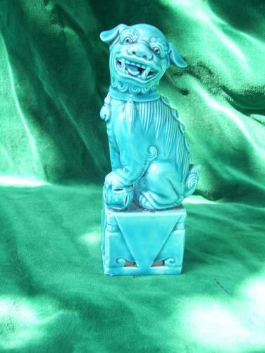 Antiguo perro foo de porcelana turquesa