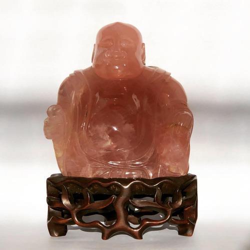 Buda buhda escultura cuarzo rosa base madera tallada