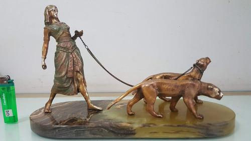 Escultura estatuilla faraónica bronce macizo patinado ant