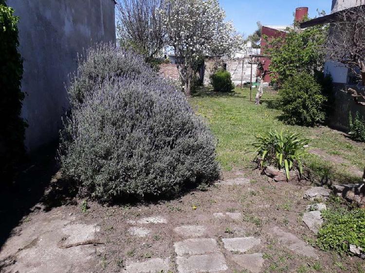 Casa 3 amb. garg/local,+dto. 2 amb. villa primera