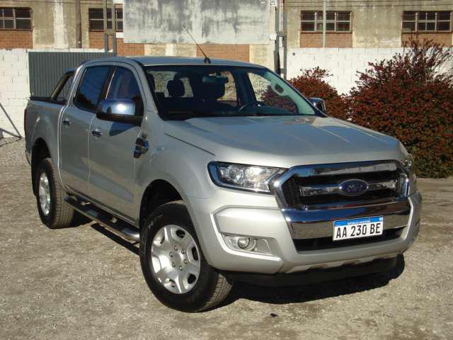 Ford ranger xlt 3.2 tdci d/c 4x2 at l/16 2016