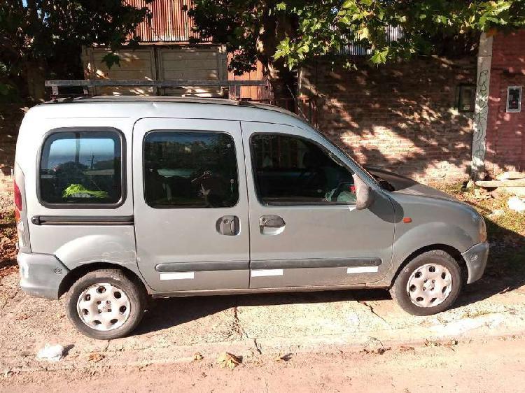 Renault kangoo diesel titular