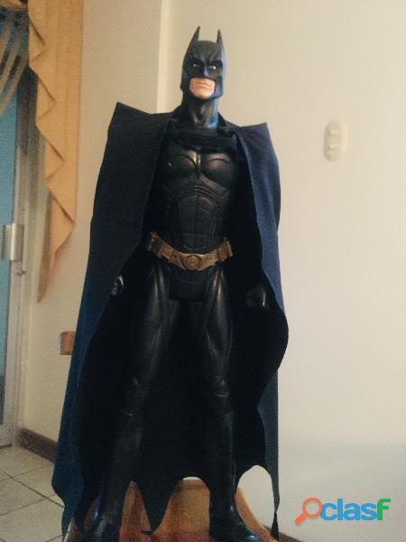 Batman 80cm con capa de tela original DC comic