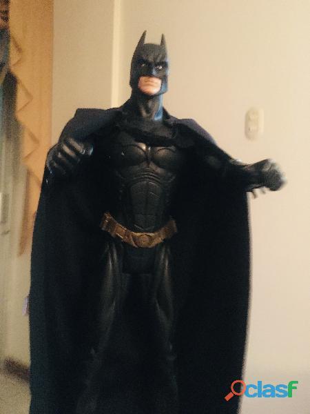 Batman 80cm con capa de tela original DC comic 3